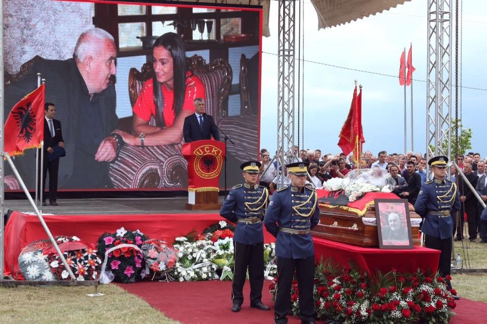 Image result for ramush haradinaj dhe varrosja e hilmi haradinajt