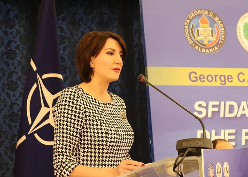 Jahjaga kërkon mbështetjen e BE së dhe ShBA së për paqe të qëndrueshme në rajon
