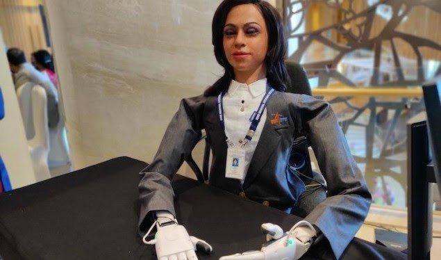 india-krijon-astronauten-e-pare-robot