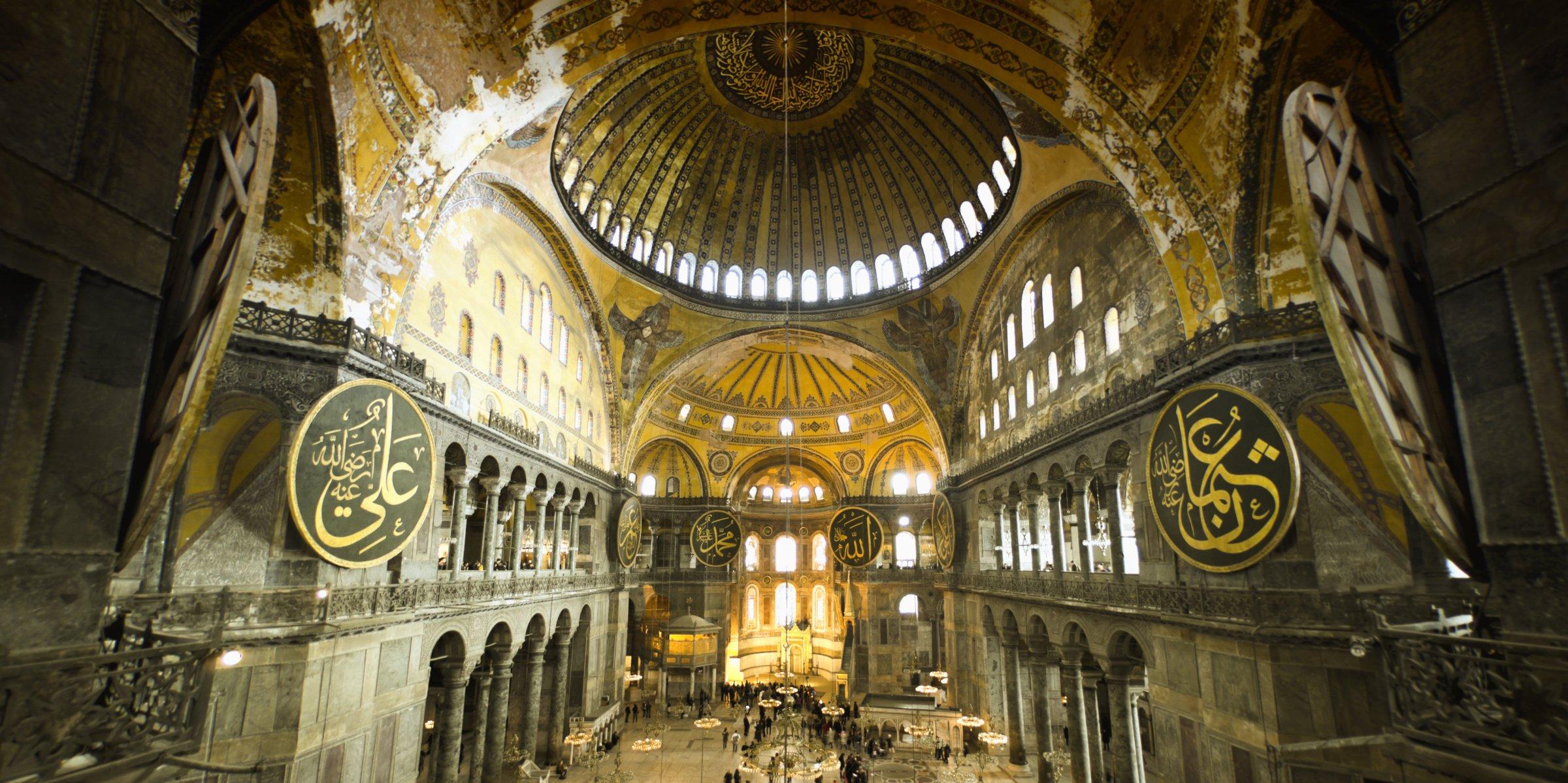 Shën Sofia e kthyer në xhami  SHBA dhe europianët kundër Turqisë